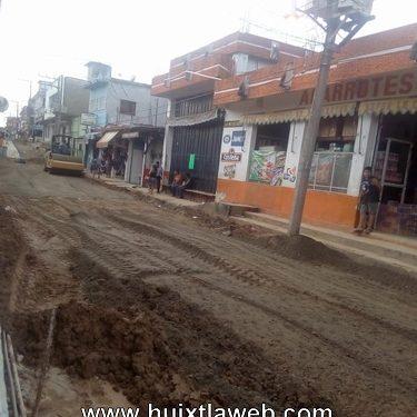 Localizan a una persona sin vida frente al mercado de Huixtla