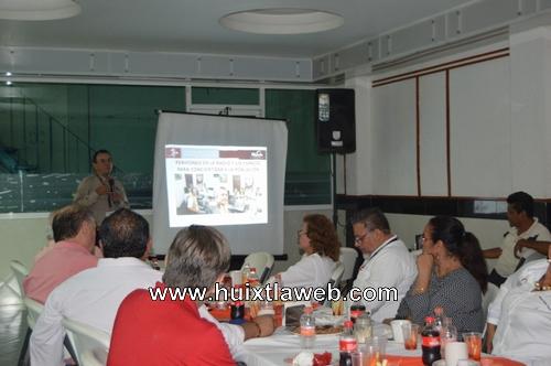 Realizan evaluación y seguimiento de acciones contra la arbovirosis en Huixtla