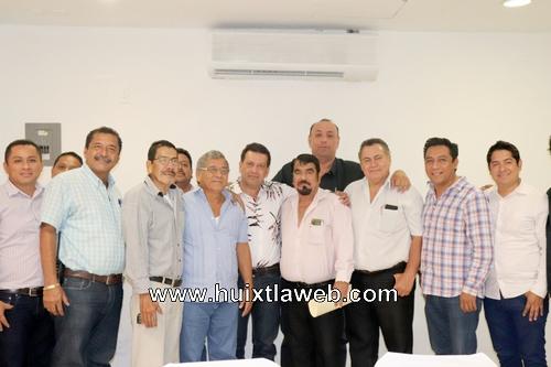 Alcalde de Huixtla exhorta a transportistas sumarse a la unidad y gobernabilidad de Chiapas