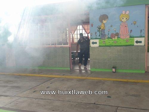 Continúan  las medidas preventivas de salud en Huixtla