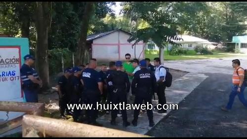 Policía municipal de Tuzantán golpea a maestro