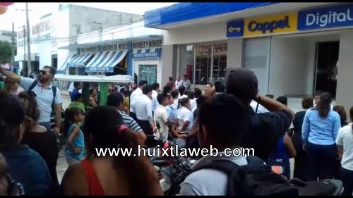Protección civil realiza simulacros en tiendas comerciales de Huixtla