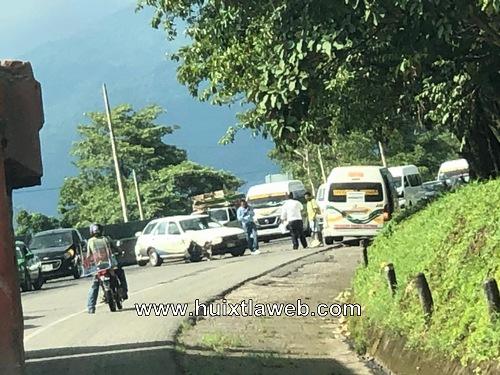 Continúan los accidentes por reparación de carretera Huixtla Tapachula