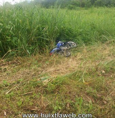 Policías de Tuzantán y Huixtla corretean a ladrón y recuperan una moto