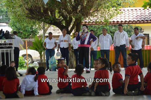 "Realizan actividad ""Salvemos Al Planeta"" con niños de preescolar"