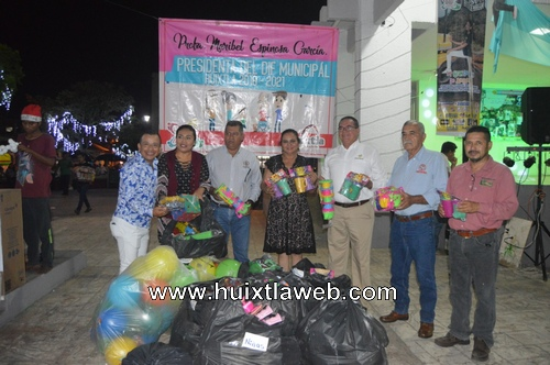 DIF Huixtla realizó primer gran Donaton de juguetes