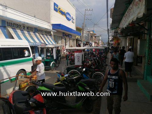 En taller mecánico de Huixtla recuperan motocicleta robada en Tuzantán