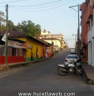 Con cuchillo en mano le roban dinero y celular a mujer tuzanteca en Huixtla