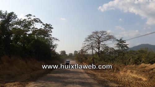 Piden agilizar trabajos de reparación de la carretera Huixtla a Villa