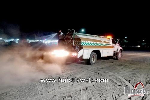Atención de protección civil a ciudadanos durante la feria Huixtla 2020