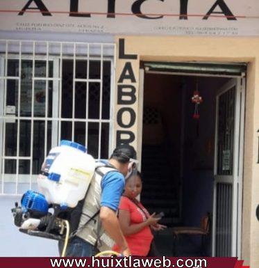 Gobierno de Huixtla sanitiza consultorios, laboratorios y farmacias particulares