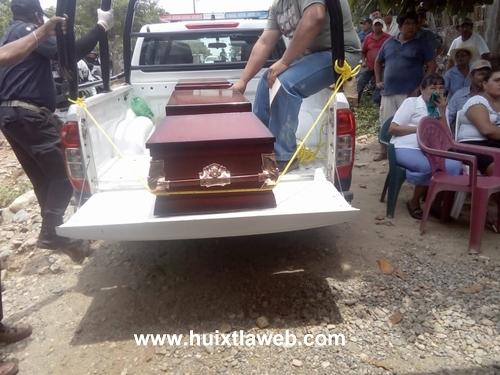 En Pijijiapan, tres personas mueren al tomar alcohol adulterado