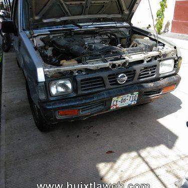 Recupera la policía camioneta robada en Huixtla