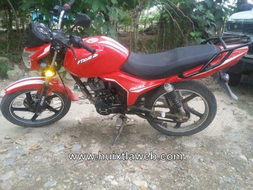 En operativo el BOM recupera motocicleta robada en Tuzantán