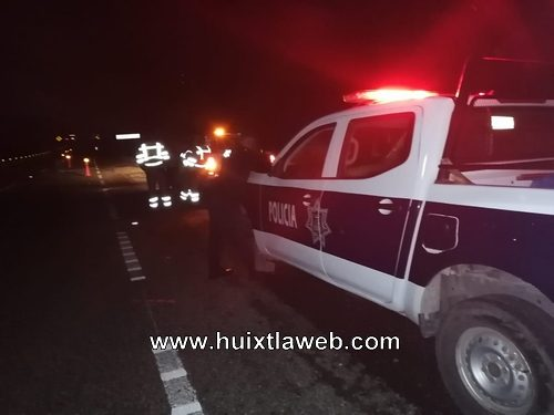 Un muerto y un herido al chocar motocicleta contra un vehículo en Mapastepec