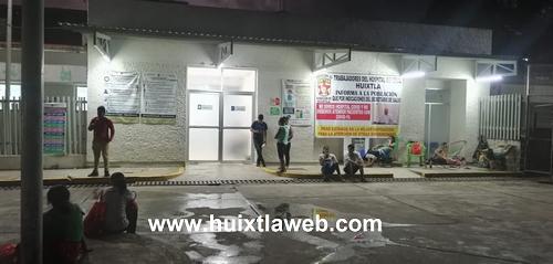 Apuñalan a escuintleco y queman moto taxi