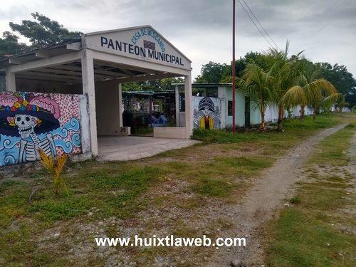 Aumentan robos en panteón de villa Comaltitlán
