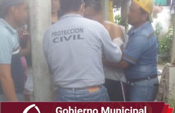 Protección civil realizó traslado de habitante del cantón el arenal al IMSS de Huixtla