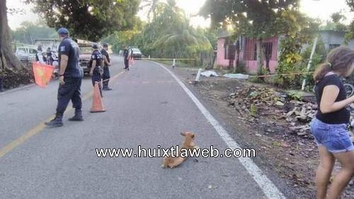 Dos muertos y un menor lesionado en robo de motocicleta en Mazatán