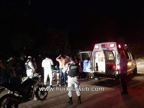 Menor motociclista se lesiona al derrapar