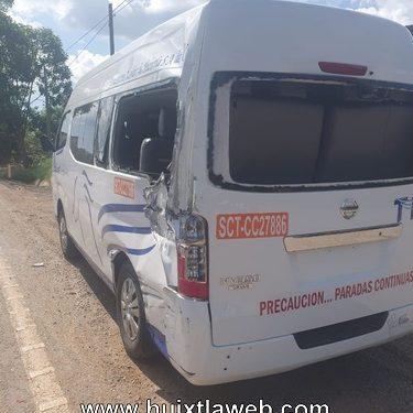Torton choca contra colectivo, Huixtla Tapachula