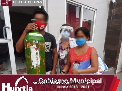 Gobierno de Huixtla continúa apoyando a la población con tanques de oxígeno