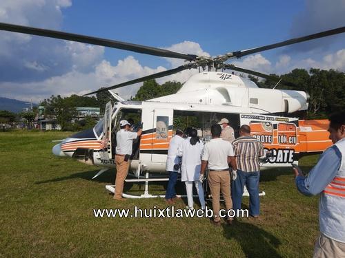 PC de Huixtla monitorea traslado de paciente de Benemérito de las Américas en helicóptero al municipio