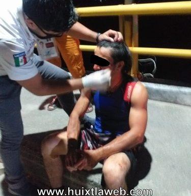 Ebrio motociclista se accidenta en el puente del milenio