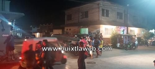 Camioneta arrolla moto taxi en Huehuetán