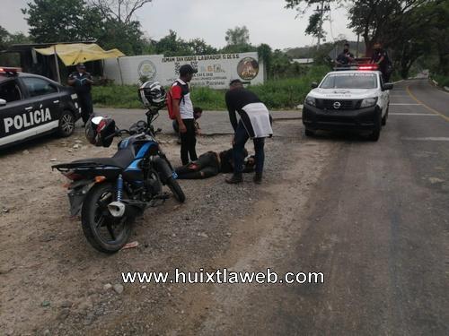 Dos lesioandos al chocar motociclistas carretera Huixtla Motozintla