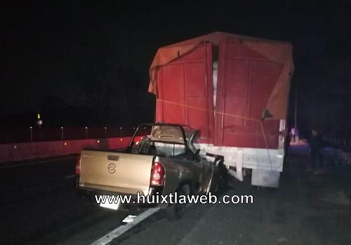 Mueren dos personas en choque vehicular en Huehuetán