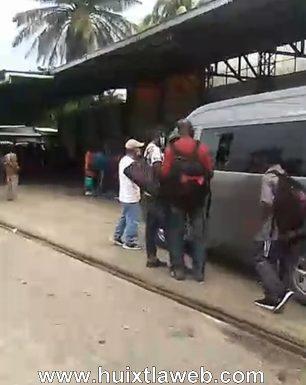 Colectivos de Motozintla solo llevan migrantes