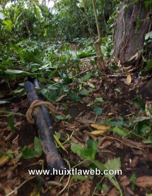 Roban tubería de captación de agua en Huixtla