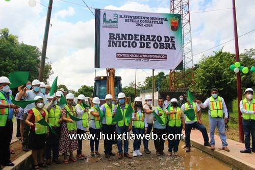 Banderazo de inicio de obra en el ejido Lázaro Cárdenas de villa Comaltitlán