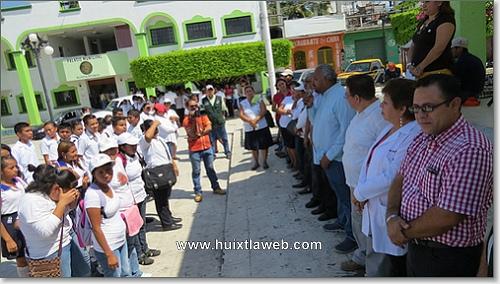 Cueto Villanueva,  da el banderazo al  primer ciclo de descacharramiento en Huixtla