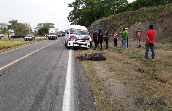 Detienen a chofer de colectivo por lesiones a motociclista en Escuintla