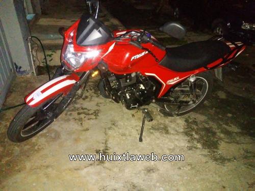 Tránsito del estado recupera moto robada en Tuzantán