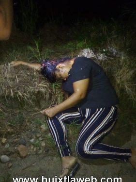 Localizan cuerpo de mujer asesinada a orilla de la carretera en Acapetahua