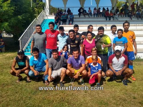 Deportivo funeraria Angeles, nuevamente campeón en el futbol de Tuzantán