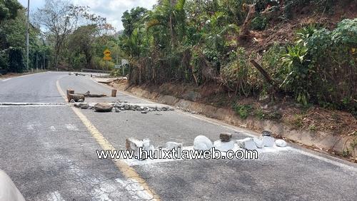 Motozintla el municipio con más Topes en sus carreteras