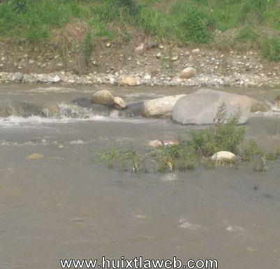 Localizan a persona muerta en el rio Huixtla
