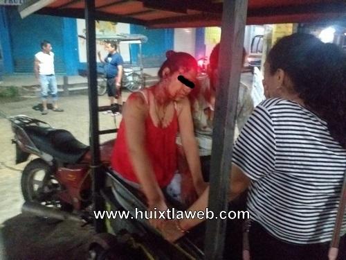 Motociclista choca contra moto triciclo en Huixtla