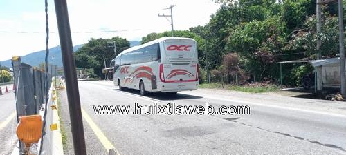 Supuestos normalistas intentan retener autobús en Huehuetán