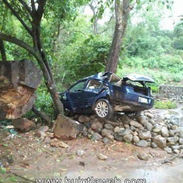 Una mujer lesionada al accidentarse vehículo en Acacoyagua