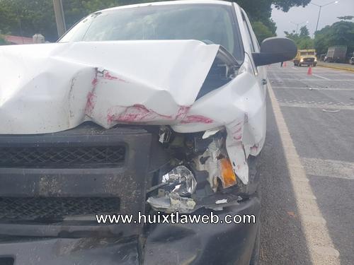 Tres lesionados en accidente vehicular en Huehuetán