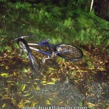Abuelito en bicicleta muere atropellado en la carretera Huixtla – Villa