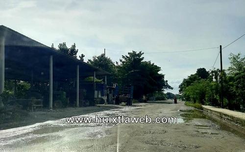 Ante apatía de autoridades, comuneros rehabilitaran carretera cañera